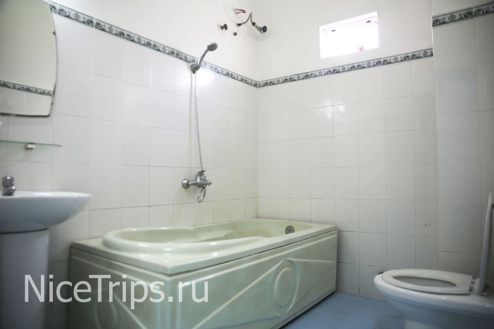 Ванная комната в отеле.