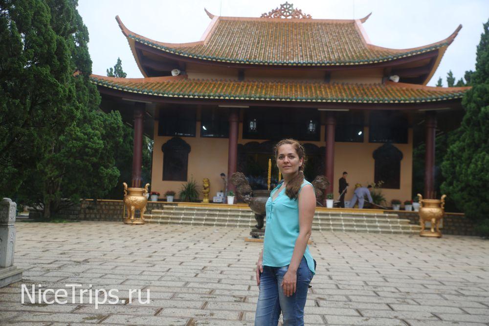 Буддийский комплекс Чук Лам в Далате