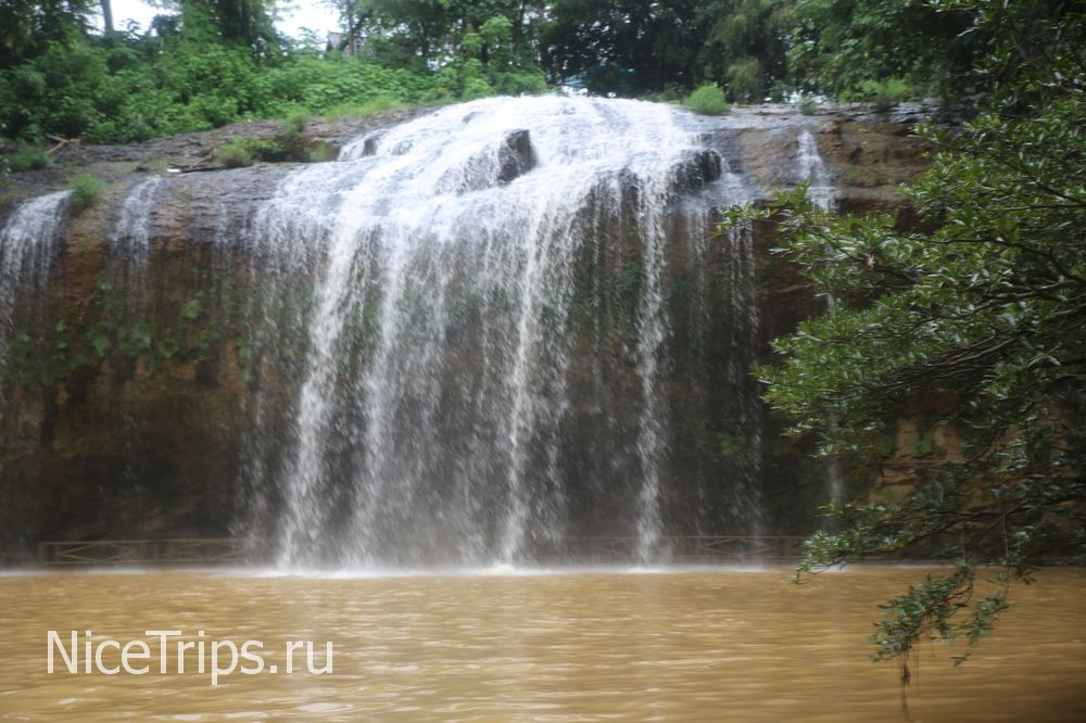 Парк и водопад Пренн в Далате