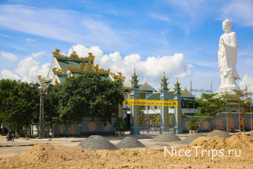 Пагода Ба Да в Дананге