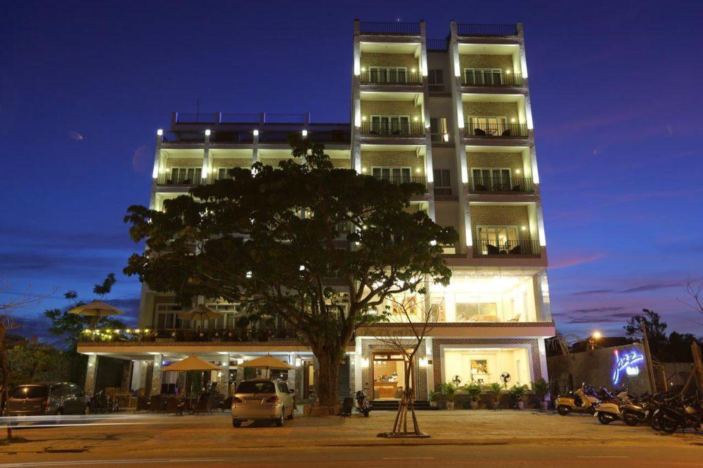 Отель Jazz