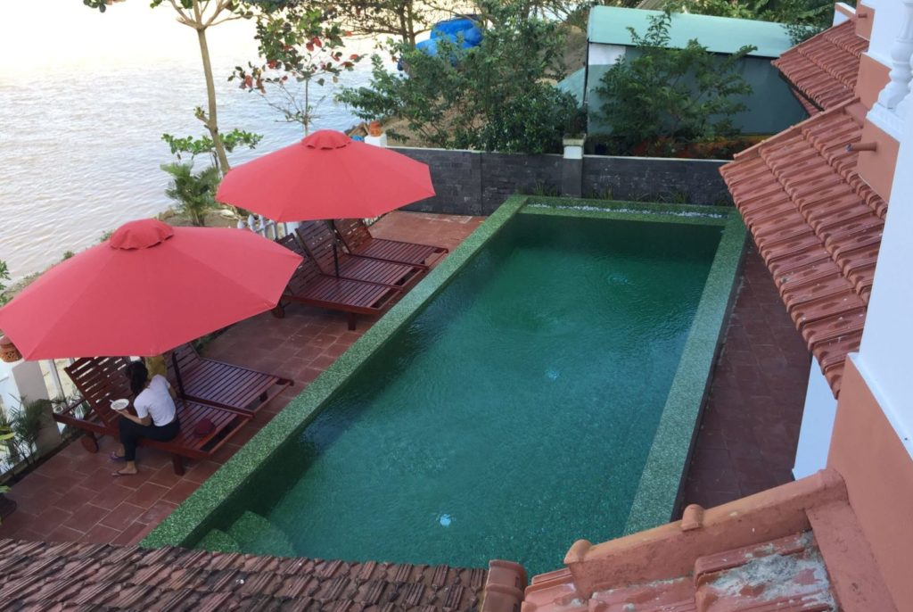 Blue River Villa Homestay