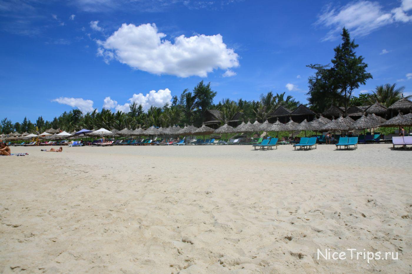 Пляж Хойана Ан Банг