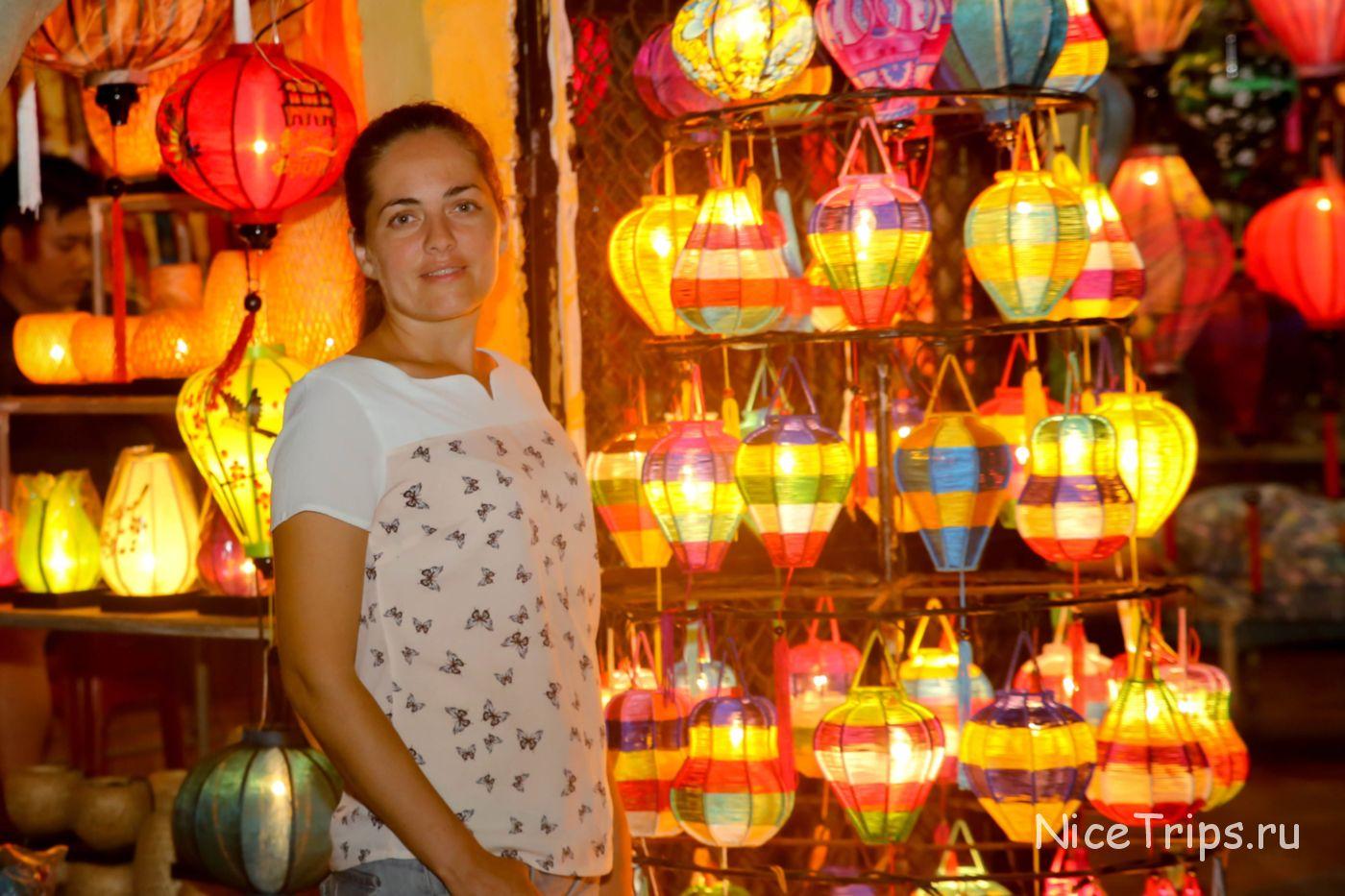 Фото в Хойане при свете фонарей