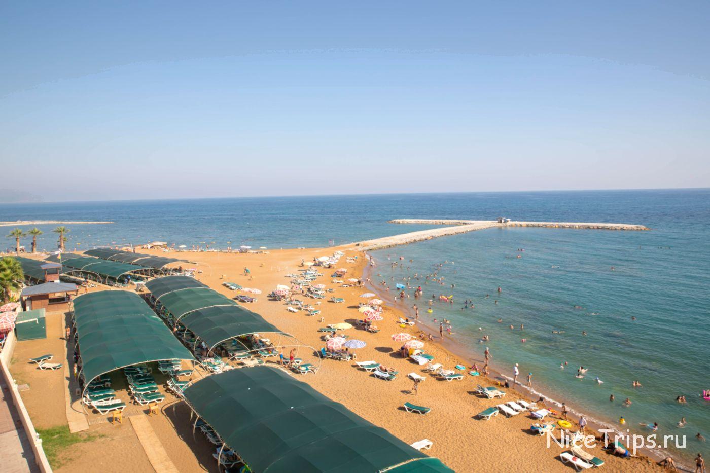 Пляж территории Eftalia