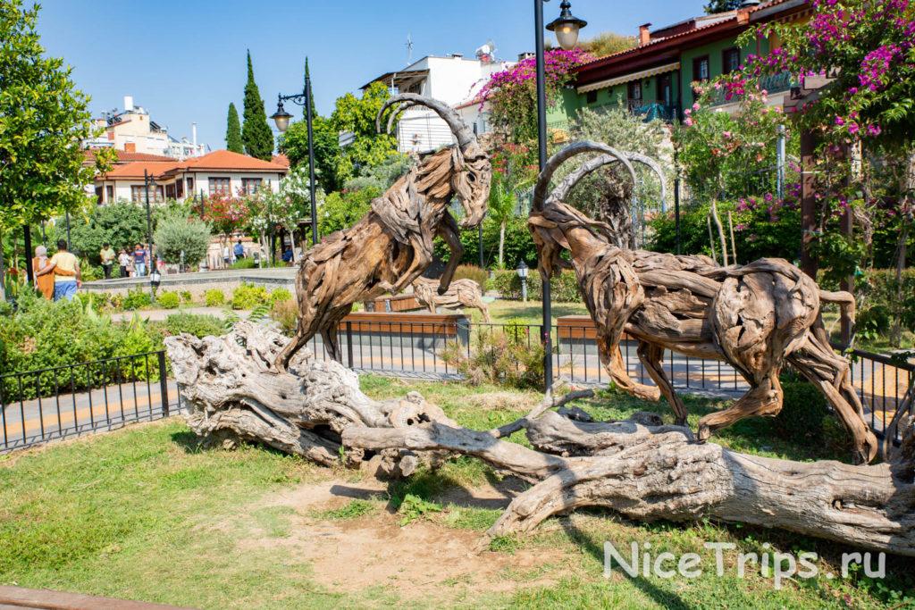 парк с деревянными скульптурами в калеичи