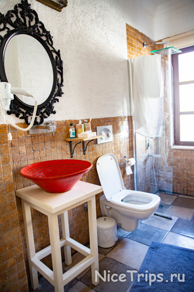 ванная комната в отеле The suite