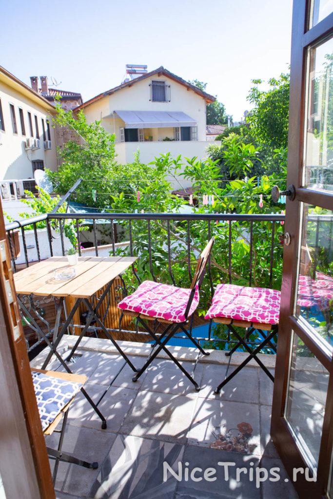 балкон в отеле The suite