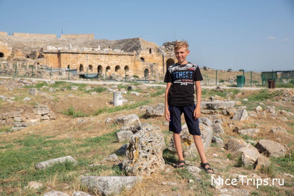 развалины старого города
