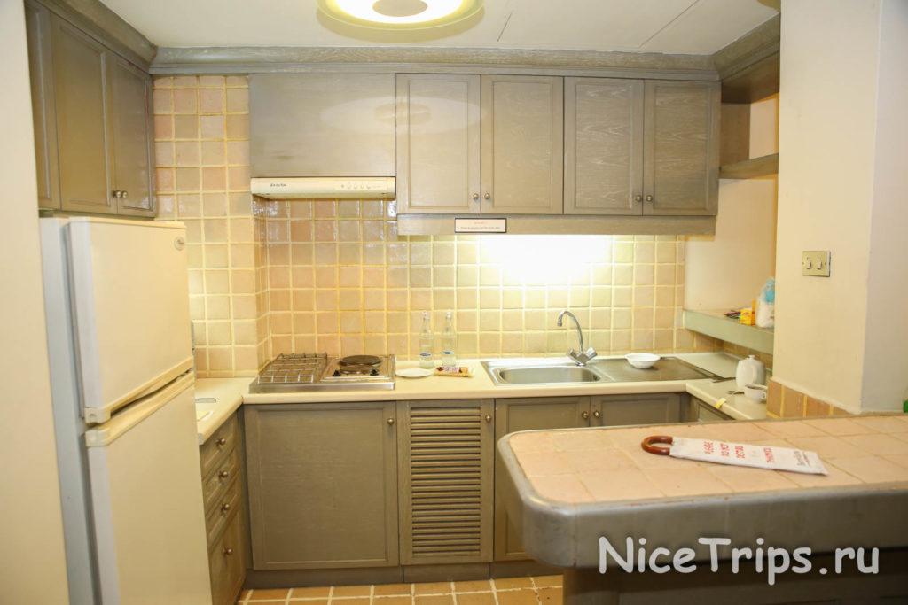 кухня отеля Pantip suites bangkok