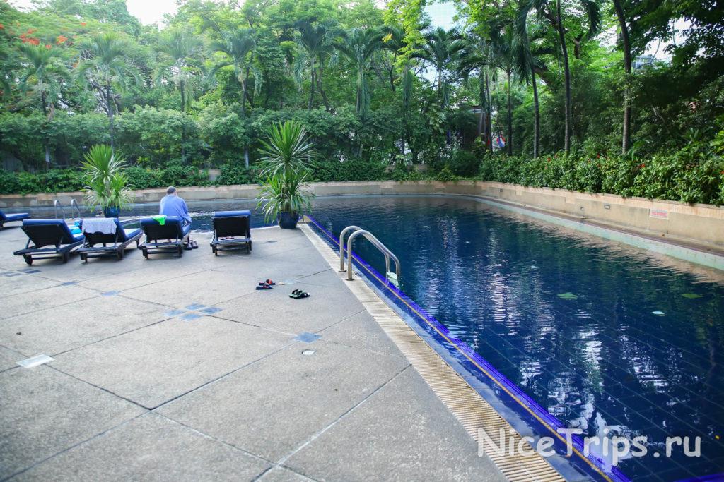 бассейн уличный